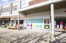 736 SF Shopping Centre Unit for Rent  |  Unit 25 Broadway Shopping Centre, Plymstock, PL9 7AU