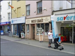 795 SF High Street Shop for Rent  |  26 Pool Street, Caernarfon, LL55 2AB