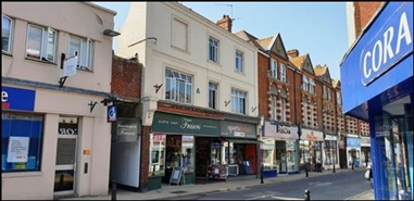 370 SF High Street Shop for Rent  |  2A Chapel Street, Petersfield, GU32 3DP