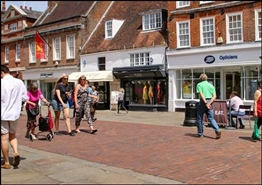 1,084 SF High Street Shop for Rent  |  75 North Street, Chichester, PO19 1LQ