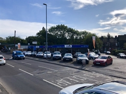 3,575 SF Out of Town Shop  |  19 New Road, Yeadon, LS19 7HW