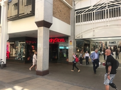 2,466 SF Shopping Centre Unit for Rent  |  9/10 Petty Cury, Cambridge, CB2 3NE