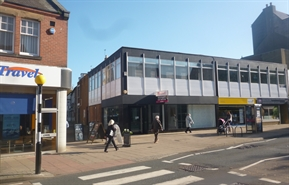 1,280 SF High Street Shop for Rent  |  92-94 Front Street, Chester Le Street, DH3 3BA