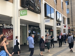 918 SF Shopping Centre Unit for Rent  |  3 Petty Cury, Lion Yard Shopping Centre, Cambridge, CB2 3NE