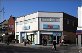 5,669 SF High Street Shop for Rent  |  97 - 99 West Street, Fareham, PO16 0AS