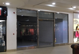 1,104 SF Shopping Centre Unit for Rent  |  Unit 15 Ground Mall, Bolton, BL1 2AL