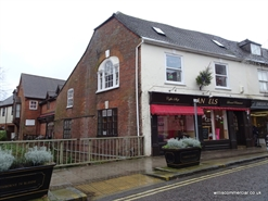 1,250 SF High Street Shop for Rent  |  10 East Street, Wimborne, BH21 1DS