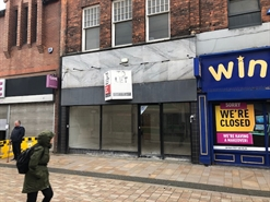 924 SF High Street Shop for Rent  |  71 Princes Street, Stockport, SK1 1RW