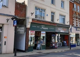 500 SF High Street Shop for Rent  |  4 Chapel Street, Petersfield, GU32 3DP