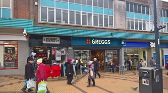 497 SF High Street Shop for Rent  |  31 Market Square, Shipley, BD18 3QJ