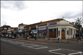 644 SF High Street Shop for Sale  |  93 Green Lanes, London, N13 4TD