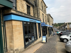 925 SF High Street Shop for Rent  |  136/142 High Street, Burford, OX18 4QU