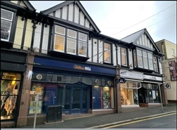 1,052 SF High Street Shop for Rent  |  4 Fore Street, Newquay, TR7 1LN