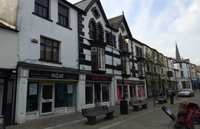 795 SF High Street Shop for Rent  |  38 Commercial Street, Aberdare, CF44 7RW