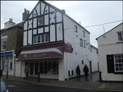 1,342 SF High Street Shop for Rent  |  154 Hallgate, Cottingham, HU16 4BD