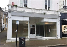 996 SF High Street Shop for Rent  |  6 King Street, Saffron Walden, CB10 1ES