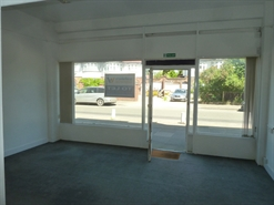 400 SF Out of Town Shop for Rent  |  460 Ewell Road, Surbiton, KT6 7EL