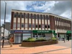 800 SF High Street Shop for Rent  |  4 High Street, Bedworth, CV12 8NF