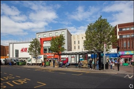 1,755 SF Shopping Centre Unit for Rent  |  Lewisham Shopping Centre, London, SE13 7EP