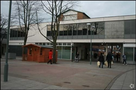 1,302 SF Shopping Centre Unit for Rent  |  35 Corporation Street, Corby, NN17 1NQ