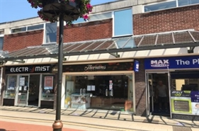 268 SF Shopping Centre Unit for Rent  |  5 Bakers Lane, Lichfield, WS13 6NG
