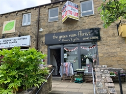 517 SF High Street Shop for Rent  |  17 The Grove Promenade, Ilkley, LS29 8AF