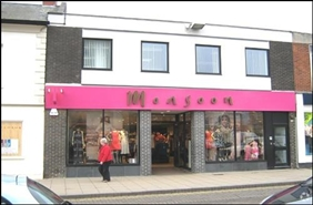 2,652 SF High Street Shop for Rent  |  10 High Street, Market Harborough, LE16 7NJ
