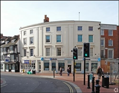 890 SF High Street Shop for Rent  |  23 - 24 Market Place, Reading, RG1 2DE