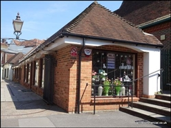 480 SF High Street Shop for Rent  |  5 Barnack Walk, Blandford Forum, DT11 7AL