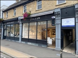 976 SF High Street Shop for Rent  |  24 High Street, Witney, OX28 6HB