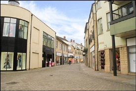 920 SF Shopping Centre Unit for Rent  |  Unit 12, Marriotts Walk, Witney, OX28 6JH