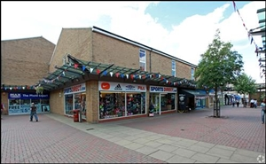 537 SF Shopping Centre Unit for Rent  |  Bowen Square Shopping Centre, Daventry, NN11 4DR