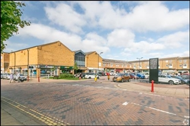 2,439 SF Shopping Centre Unit for Rent  |  Bowen Square Shopping Centre, Daventry, NN11 4DR